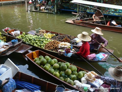 Floating-Market-Thailand